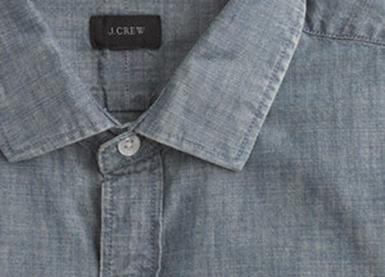 Ludlow Spread-Collar Shirt in Chambray
