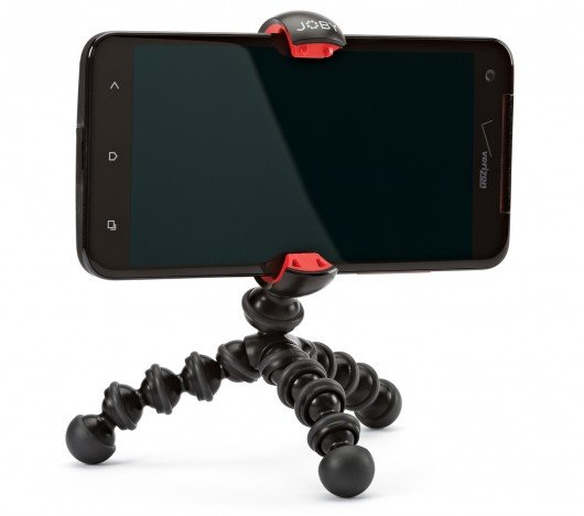 Joby's latest mini tripod can get its jaws around smartphones