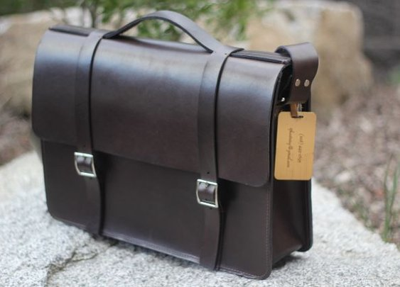 The Basader Messer Leather Briefcase Review – $300
