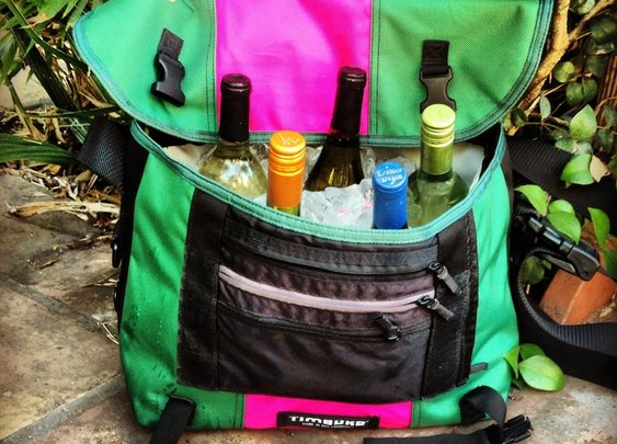 Timbuk2 Messenger with Beverage Insert