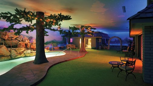 Some mad man built a full family house 25 feet under Las Vegas