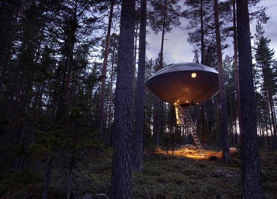 Huckberry | Shelter: Treehouse Hotel