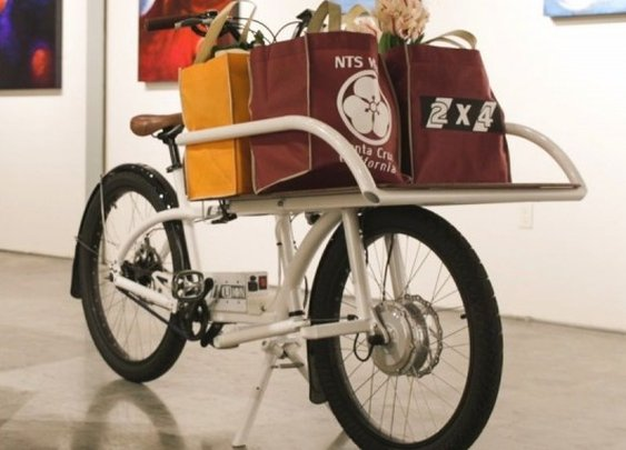 2X4 Cargo Bike puts the power to both wheels