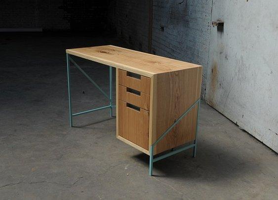 zakrose - ash + powder-coated steel desk