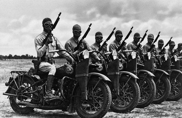 Huckberry | Machine Gun Harleys