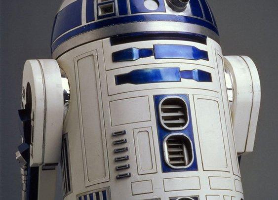 R2's Detour: J.J. Abrams Uses Unlikely Hero to Bridge 'Star' Franchises
