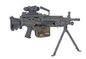 M249 SAW (Squad Automatic Weapon) - Zombie Guide Magazine