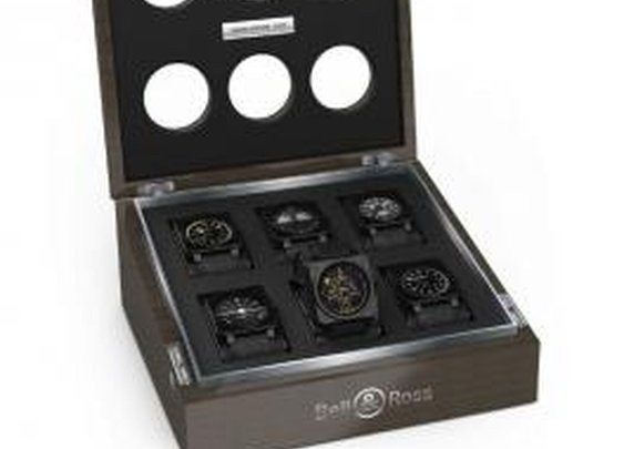 I like the box but I want to have the watches ;-)
