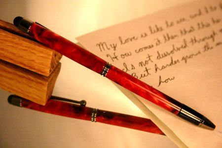 Pen stylus in swirling red by Hope & Grace Pens
