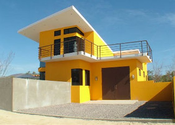 Fortified Homes - Home Concepts and Survival Shelters from Hardened Structures