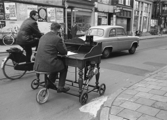 The Original Mobile Office (from 1961)
