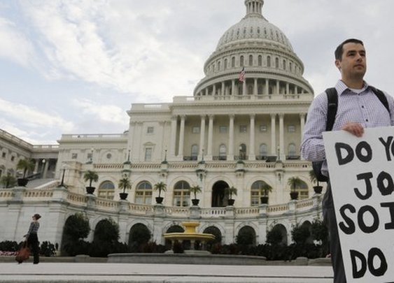BBC News - US begins government shutdown as budget deadline passes