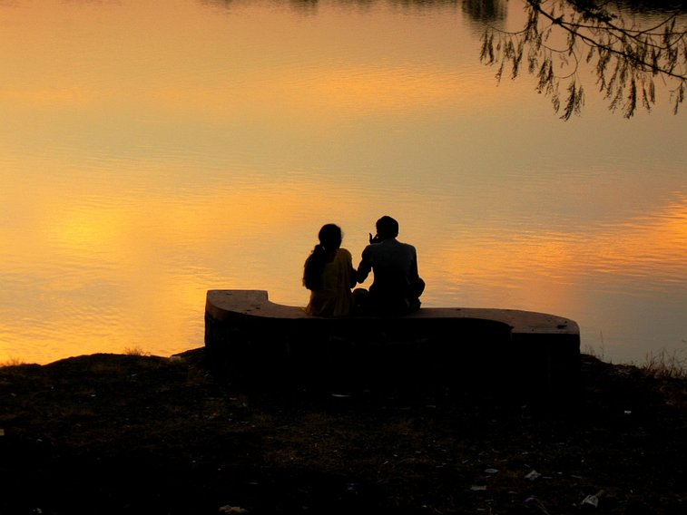 Treat Your Lady Right: 5 Date Ideas That Won't Break Your Budget