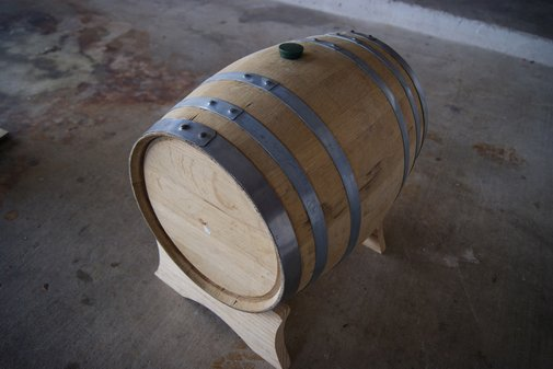 Homebrew Whiskey Barrels | Uncrate