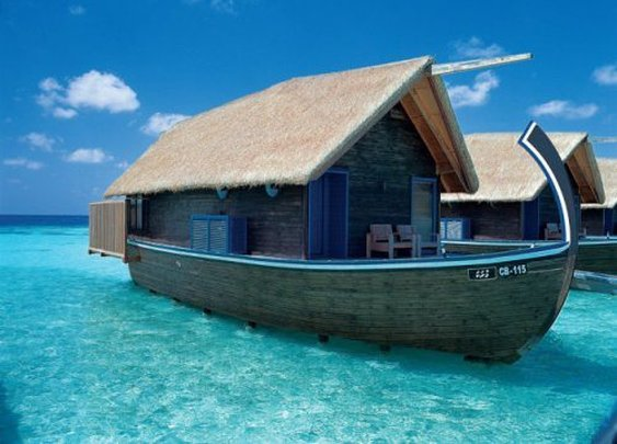 A beautiful boat hotel in the Maldives