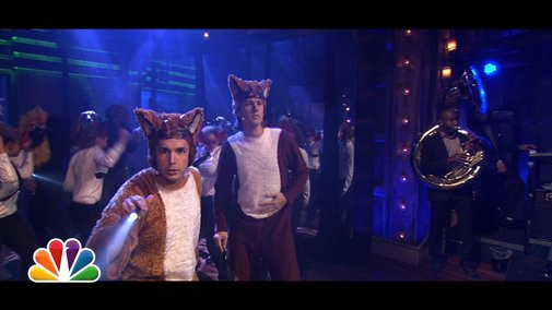 What Does The Fox Say? (LIVE with Jimmy Fallon and the Roots)