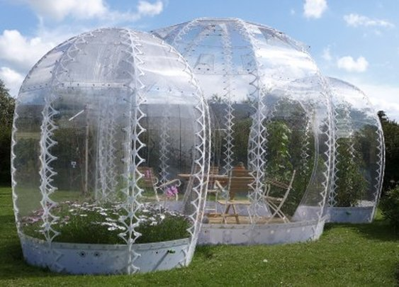 A warm little bubble for your back garden