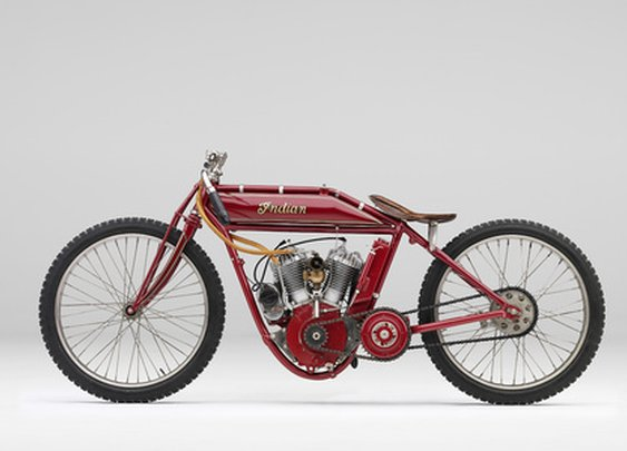 TODD MCLELLAN MOTION/STILLS INC - • Classic Motorcycles
