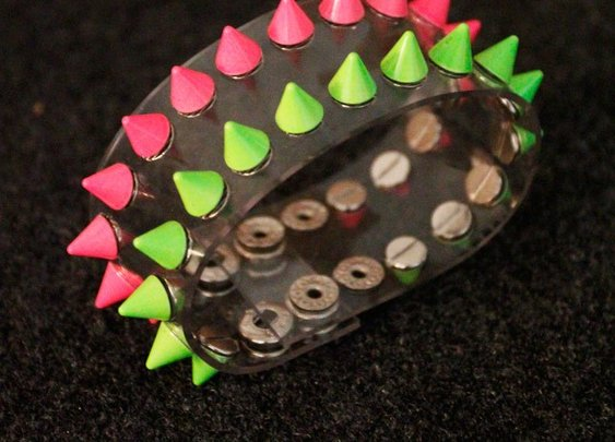 Handmade Punk PVC Plastic Studded Wristband for Ladies