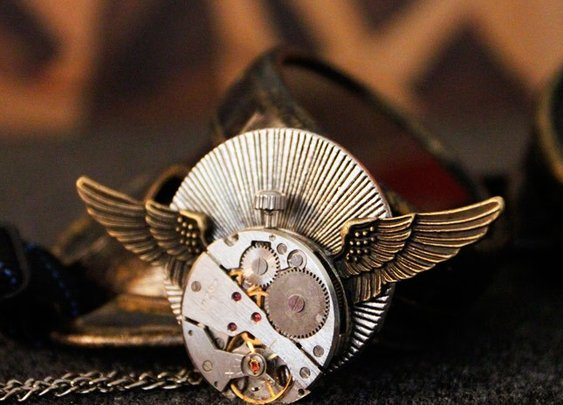 Handmade Steampunk Vintage Watch Pendant Necklace with Metal Wings