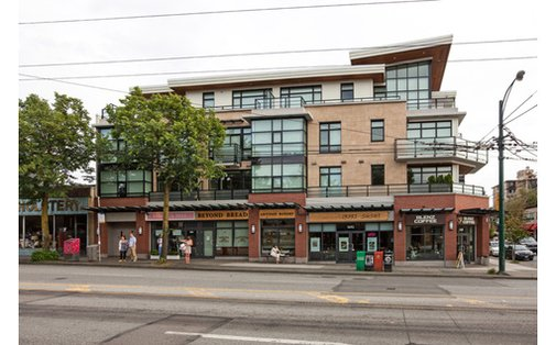 1BR Gorgeous Boutique Residence on the corner of West 4TH &Alma. (Kitsilano) #vancouver