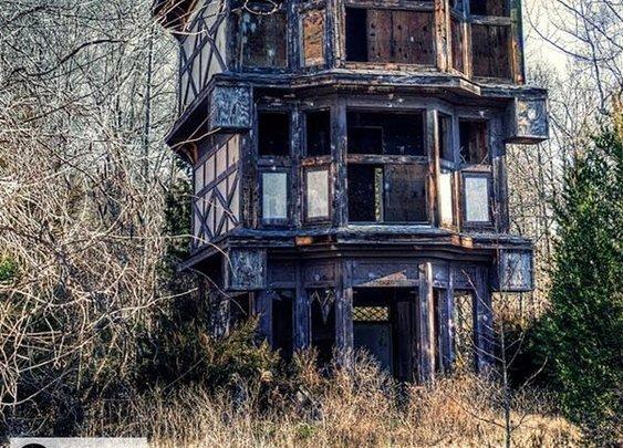 Abandoned Virgina Renaissance Faire Will Haunt Your Dreams