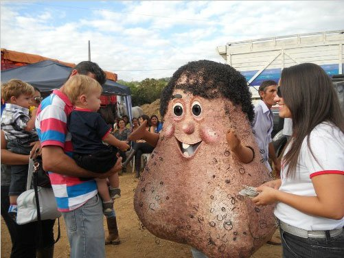Brazilian Testicle Mascot 'Mr. Balls' Raises Awareness of Testicular Cancer