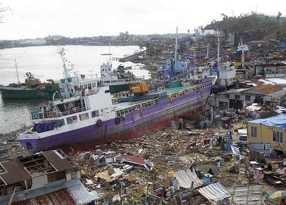 Typhoon Haiyan: Before and after the storm