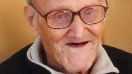 Hundreds attend war veteran's funeral after newspaper ad shows he had no family