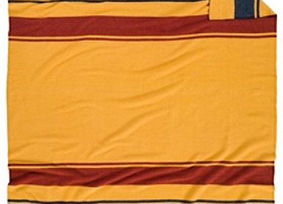 Pendleton Woolen Mills: YELLOWSTONE NATIONAL PARK BLANKET
