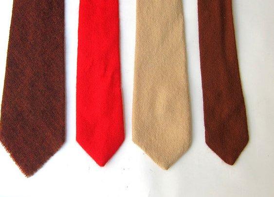 Vintage retro 1980s winter wool tie by evaelena on Etsy