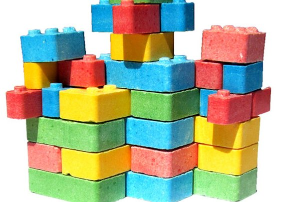 Edible LEGO Bricks exist