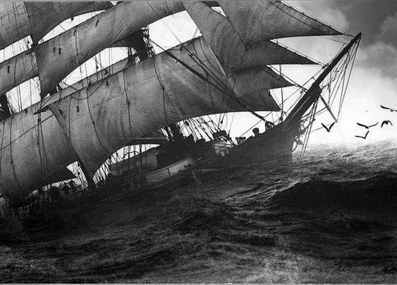 » How Robert Louis Stevenson Found Inspiration for Treasure Island