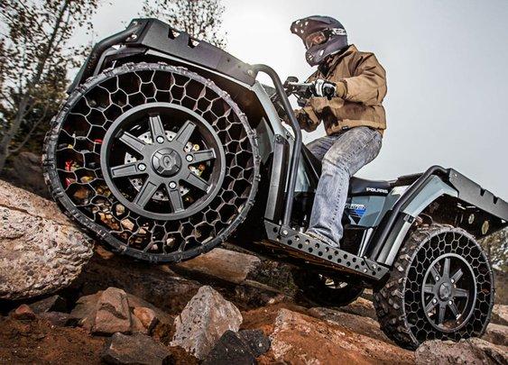 Polaris WV850 ATV: War-Ready Tires