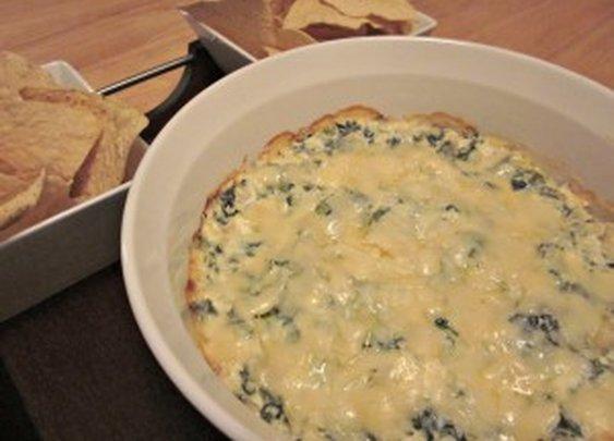 » Cheesy Spinach Artichoke Dip