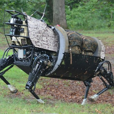This Massive Robot Could Soon Join Marines on the Battlefield - Defense One
