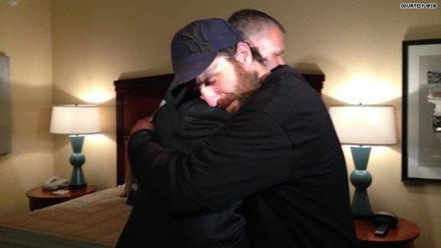 Hotel rewards homeless man for returning wallet | HLNtv.com