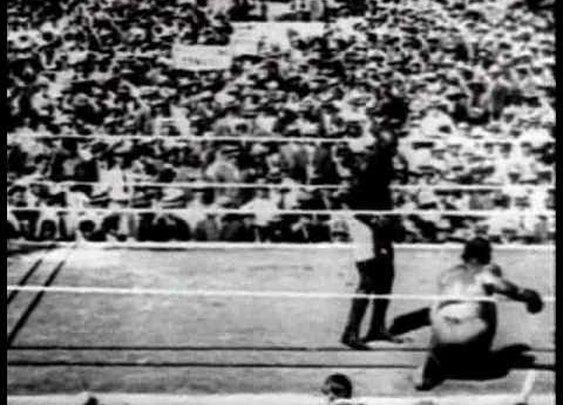 DBBH - Jack Johnson -vs- Jim Jeffries (July 4th, 1910) - YouTube