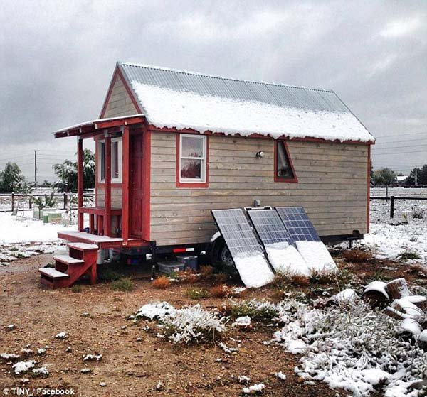 Couple in Colorado Decide to Build Their Own Tiny Dream Home Together