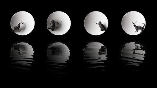 Haoshi Design's Moon Clock