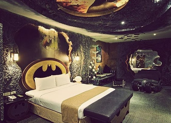 BATMAN SUITE | BY EDEN HOTEL