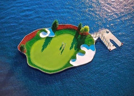 Coeur d'Alene Floating Golf Course