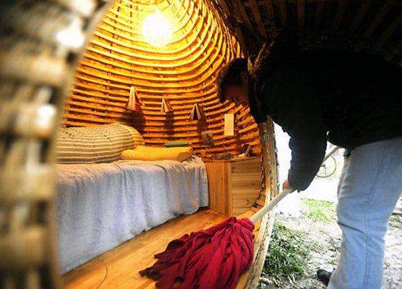 Portable Egg-Shaped Home | Electric Tree House