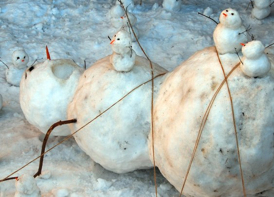 These Creative Snowmen Would Make Calvin and Hobbes Proud