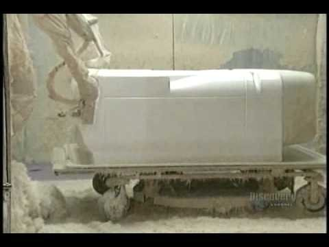 How It's Made: Acrylic Bathtubs - YouTube