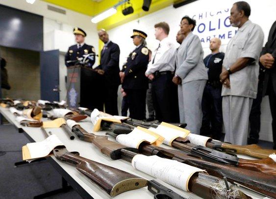Judge: Chicago's ban on gun sales unconstitutional