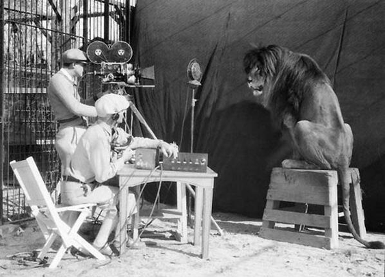 Filming the MGM logo 1929