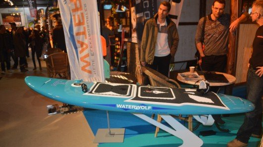Waterwolf electric surfboard speeds over lakes and rivers