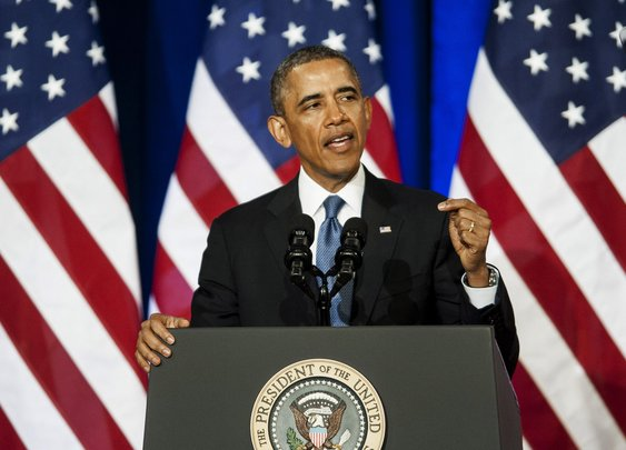 Obama To Raise Minimum Wage For Federal Contract Workers By Executive Order