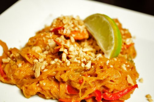 shrimp spaghetti squash pad thai - rotio/food